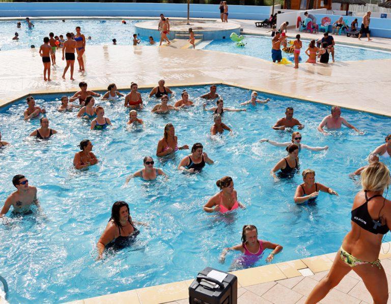 location-mobil-home-camping-aquagym-saint-cyprien-bonnes-vacances-sarl