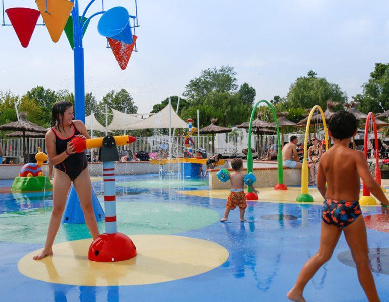 location-mobil-home-camping-avec-piscine-enfant-saint-cyprien-bonnes-vacances-sarl
