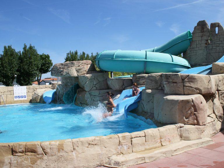 location-mobil-home-camping-piscine-toboggan-saint-hilaire-de-riez-bonnes-vacances-sarl