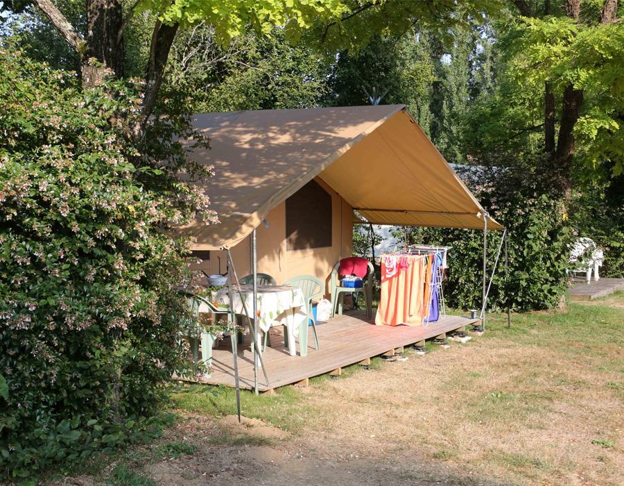 camping-le-moulin-des-effres-location-tente-meublee-5-personnes