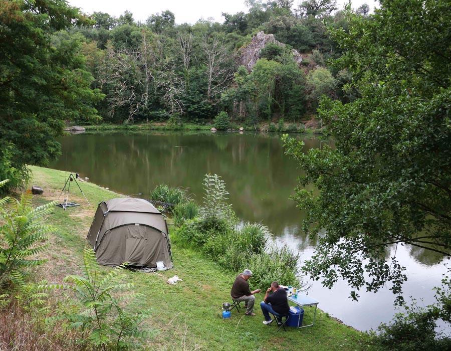 location-vacances-nature-avec-lac-peche-bonnes-vacances-sarl