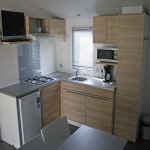 location-mobil-home-2-chambres-avec-cuisine-camping-saint-cyprien-bonnes-vacances-sarl