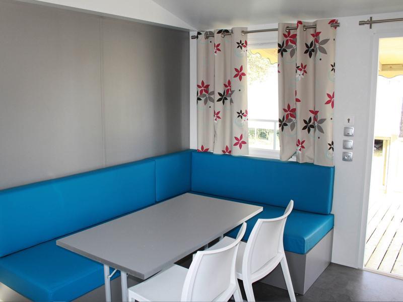 location-mobil-home-2-chambres-salon-camping-vendee-bonnes-vacances-sarl