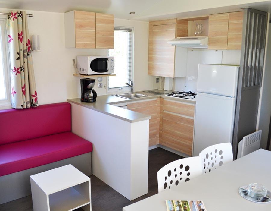 location-mobil-home-3-chambres-8-personnes-grande-cuisine-camping-deux-sevres-bonnes-vacances-sarl