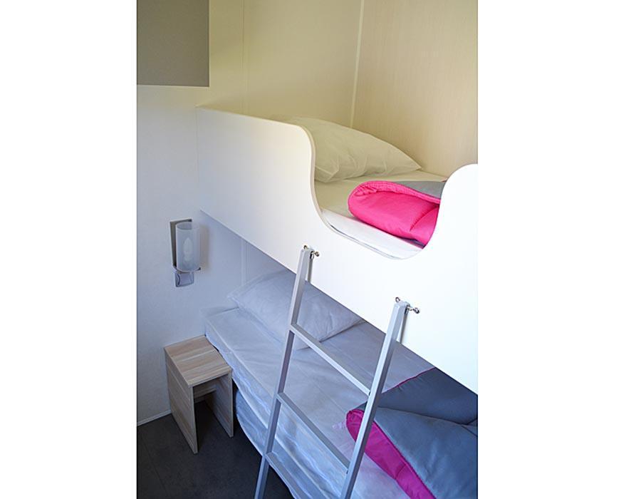 location-mobil-home-3-chambres-8-personnes-lit-camping-deux-sevres-bonnes-vacances-sarl