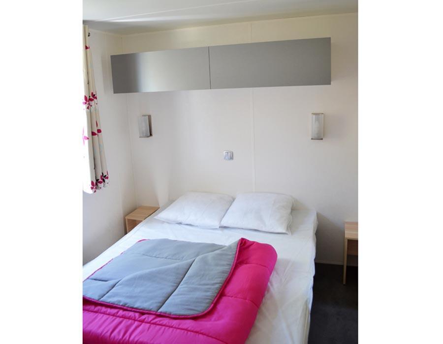 location-mobil-home-3-chambres-8-personnes-lit-double-camping-deux-sevres-bonnes-vacances-sarl
